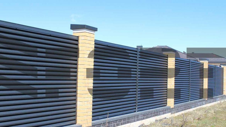Забор жалюзи fort lux для предприятия